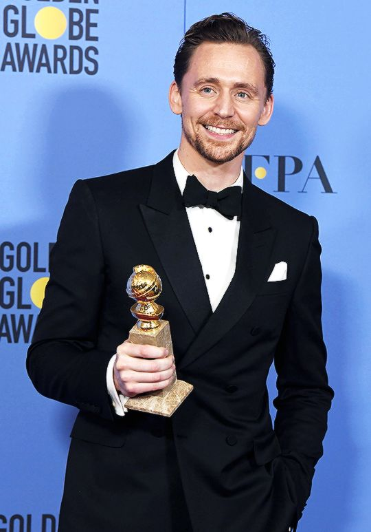 Tom Hiddleston, Golden Globe winner for Best Actor in a Limited Series.