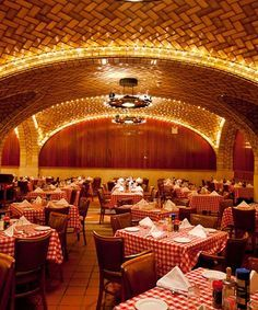 Classic New York City Hotels, Bars, Restaurants | Sometimes, newer isn't always better. We're trading in New York's latest restaurant and bar openings for some of the city's most awesome old-school haunts. #refinery29 http://www.refinery29.com/old-new-yor