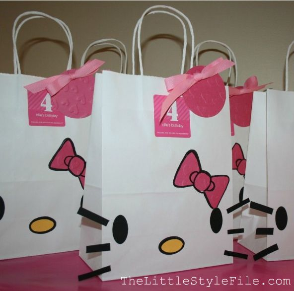 Hello kitty favor bags...tutorial!