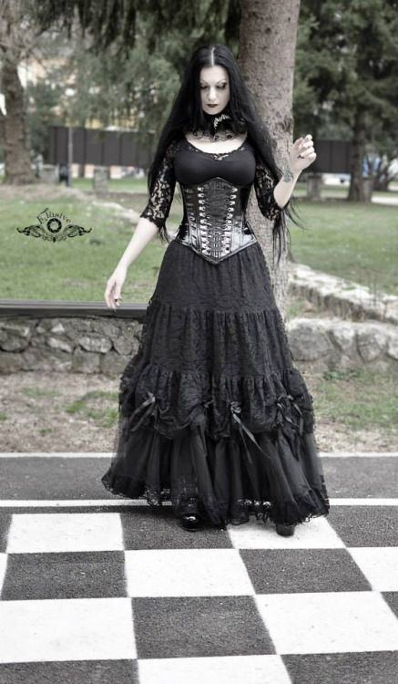 1000 ideas about gothic fashion photography on pinterest
