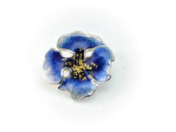 Tropoical Flower, Flower Brooch, Flower Pin, Botanical Jewelry, Spring Flower, Silver Brooch,Hawaiian Flower, Mother Gift, Giampouras €112.00 #motherofbridegift #flowerpin #bluebrooch