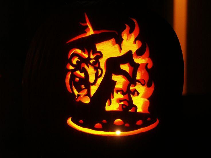 pumpkin carving saws creative pumpkin carving ideascreative - Creative Halloween Pumpkin Carving Ideas