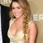 Miley Cyrus Biography| Profile| Pictures| News