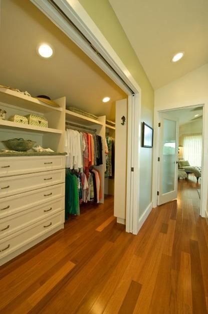 33 Walk In Closet Design Ideas To Find Solace In Master Bedroom Part 58