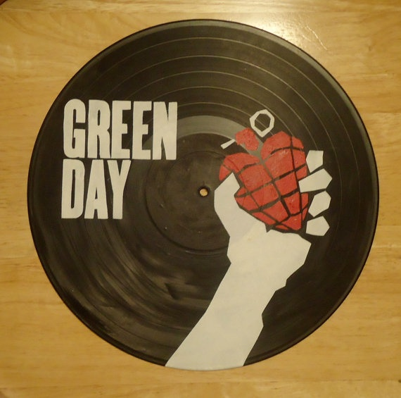 17 best images about vinyl wall decor on pinterest for Vinyl record wall art