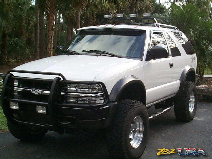410038741043060008 likewise Pcm Location Chevy Astro 2004 also Rock Stars Wedding Cake Topper in addition Vemco v Drive system moreover 94 04 Chevy S10 Led Tail Lights Black. on 1997 s10 blazer roof light