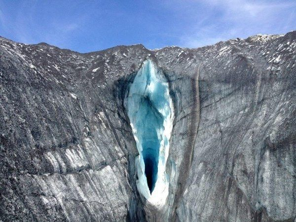 Diese Gletscherspalte: