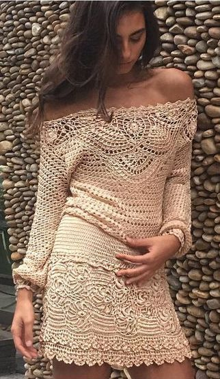 Giovana Dias crochet dress