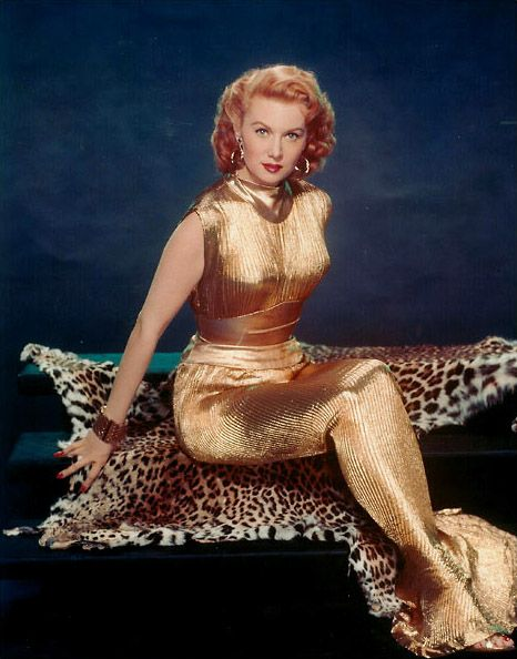 Rhonda Fleming! YES that outfit. That fierce stare. YES.