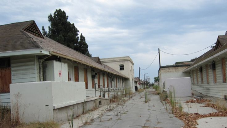Rancho Los Amigos Hospital - Los Angeles, CA - was founded in 1888 as the County Poor Farm and covered over 100 acres. Today, a rehabilitation center sits on much of the property, though the old mental ward remains fenced up and abandoned, and discourages trespassers by way of 24hr security. In 2006, US Marines using the facility for drills found mummified body parts in the old morgue. Files and furniture were also left behind. Haunted? Unknown. Creepy? Oh yeah!!!