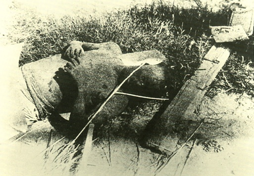 The damage of atomic bomb which Japanese Hiroshima received.   Corpse of a soldier killed by the heat rays and the blast.