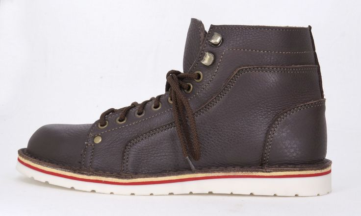 Freestyle Boabab Men's Handmade Genuine Full Grain Leather Casual Boot.  R 1'159. Handcrafted in Cape Town, South Africa. Code: 175203. See online shopping for sizes. Shop for Freestyle online https://www.thewhatnotshoes.co.za/ Free delivery within South Africa.