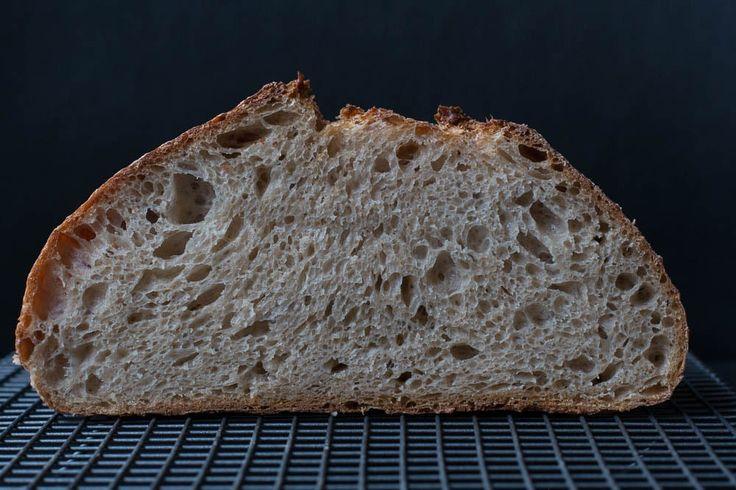 Landbrot ohne Hefe nach Tartine Bread | Brot ...  Landbrot ohne H...