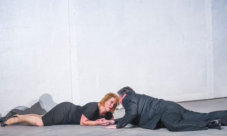 exploring the theme of wagners opera in the story of tristan and isolde Tristan und isolde a small excerpt as a tribute to richard wagner and his 'leitmotif' inspired by his affair with mathilde wesendonck and based on the french.