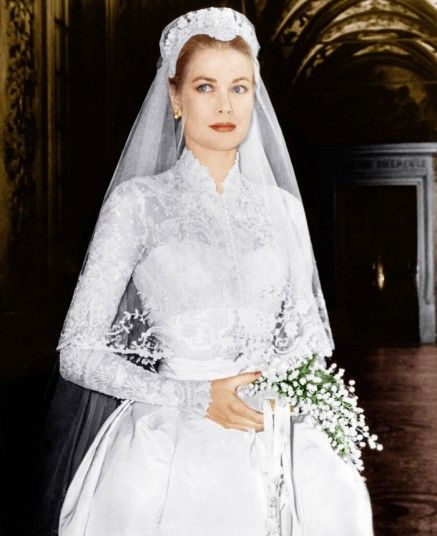 The low-key trend was given a huge boost in 1956, when Grace Kelly opted for just a simple bunch of lily-of-the-valley on a white prayer book for her marriage to the Prince of Monaco.