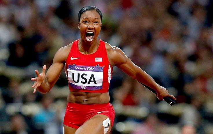 Carmelita Jeter completa a conquista dos EUA no revezamento 4x100m, em Londres
