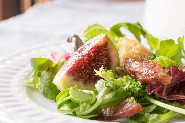 THE BEST GREEK FRESH FIG SALAD WITH SMOKED PORK & GRILLED CHEESE