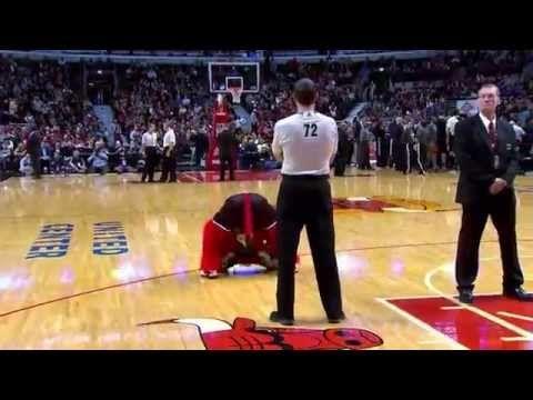 'Benny The Bull', o mascote que roubou a cena na última temporada da NBA - Uhull S.A.