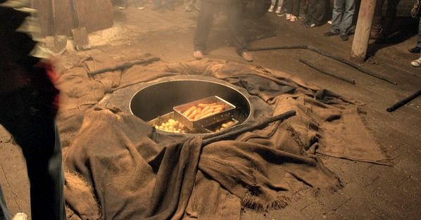 """The hangi or """"earth oven"""" is the traditional way that Māori cook food for large gatherings."""