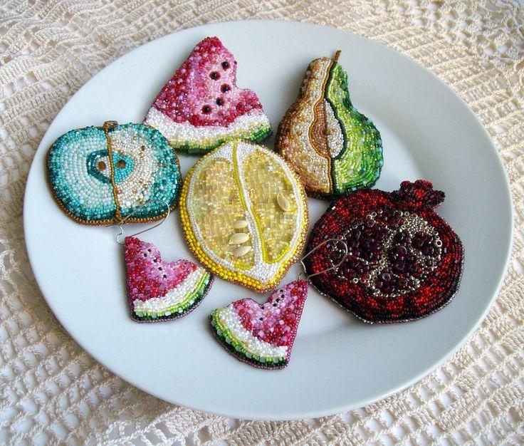 "Helen Kolomoets. ""Fruit plate"". Collection of jewelry. Beadwork Елена Коломоец. ""Фруктовая тарелка"" Коллекция украшений. Вышивка бисером"