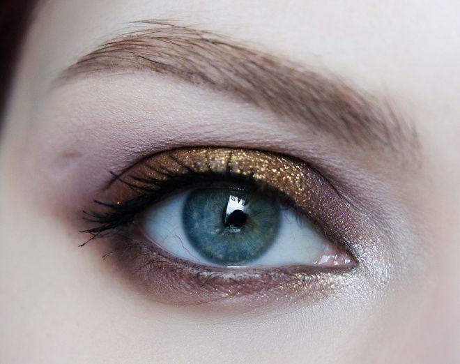 """""""Темный"""" макияж с золотыми акцентами отзывы — Косметиста"""