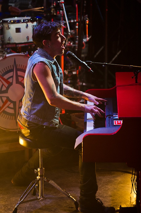 Hedley at MusiquePlus; photo credit: Sylvain Perreault