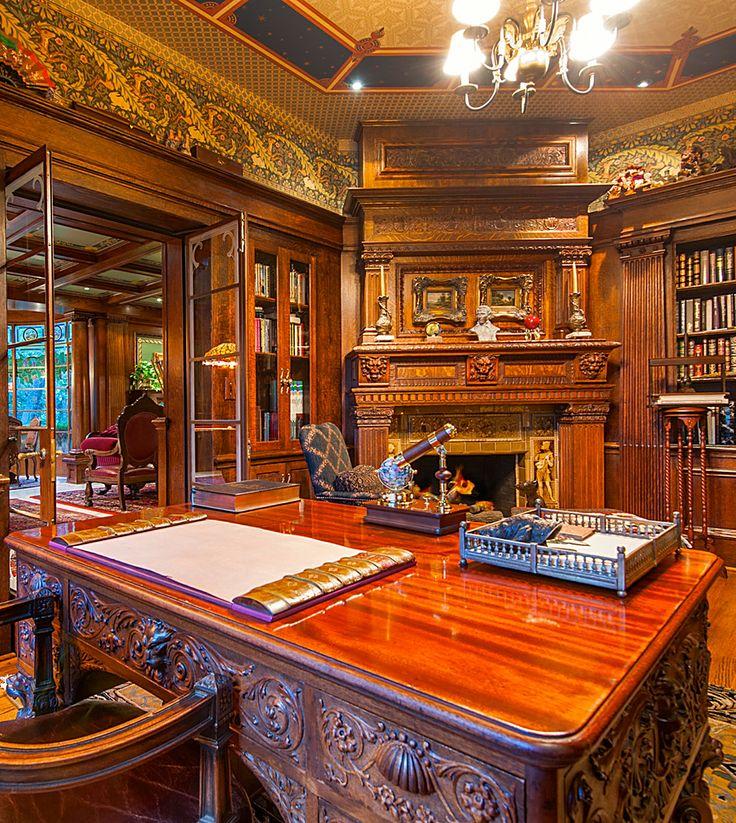 Nahuel home decor s library