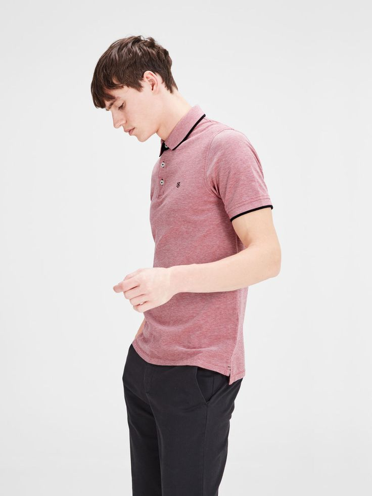 Polos: the you-cant-go-wrong-gift. Short sleeves, with black details, in vintage pink, available in other colours | JACK & JONES
