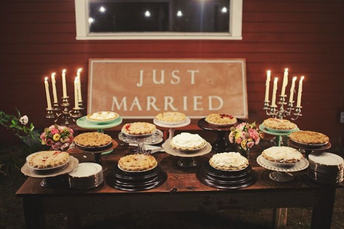 I get crazy looks when I say I would rather have pie over cake...but come on, that's adorable