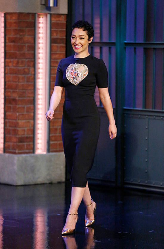 Ruth Negga on Late Night With Seth Meyers in Reem Acra.