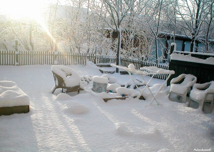 We lived in a place called Eriksholmparken from 2002 and until 2012. This is picture of our garden covered in snow. 30. december 2005
