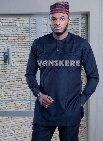 timeless-and-classic-native-attires-for-men-a-tailor-vs-fashion-designers-work-27