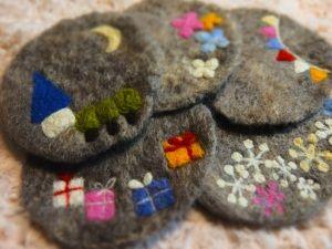 羊毛フェルトのコースター: ひとさじのてしごと~naomi's handmade~