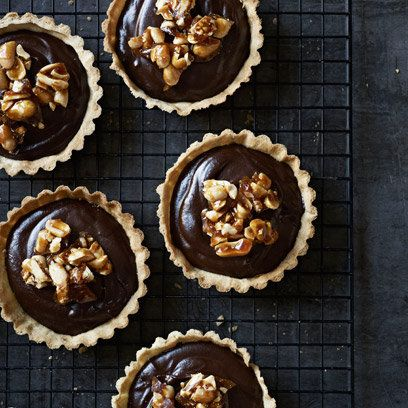 Mini Chocolate Tarts: Recipes  Like the peanut brittle with it. :)
