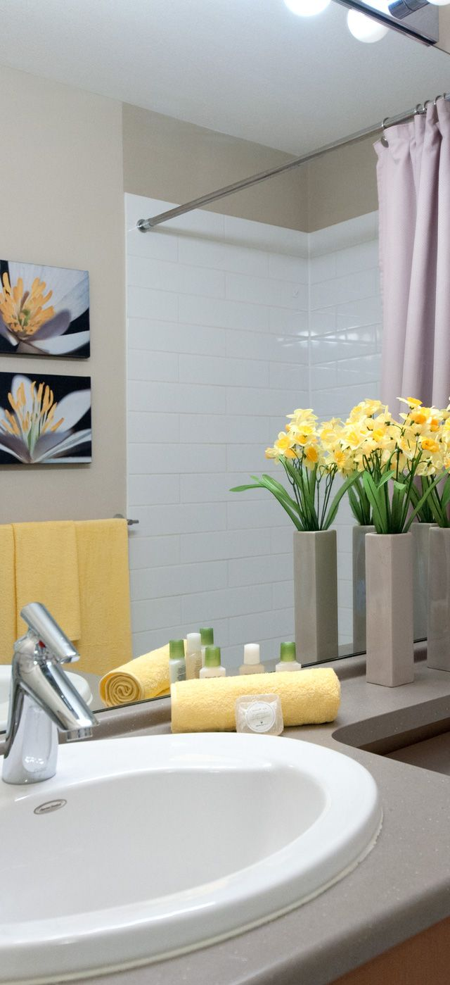 25 best ideas about bathroom staging on pinterest guest for Bathroom staging ideas