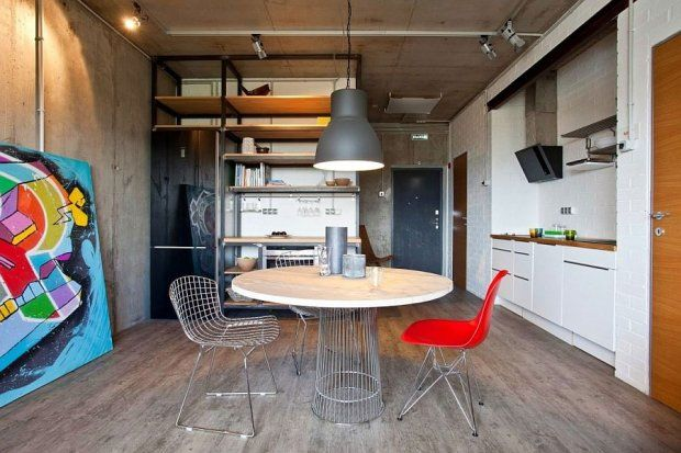 Zdjęcie numer 2 w galerii - Mieszkanie pełne sztuki, czyli funkcjonalny industrializm na 47 metrach