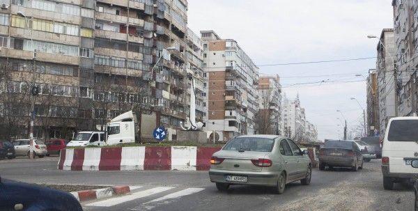 Atenţie, şoferi! Circulaţie închisă la ieşirea din oraş spre Tecuci