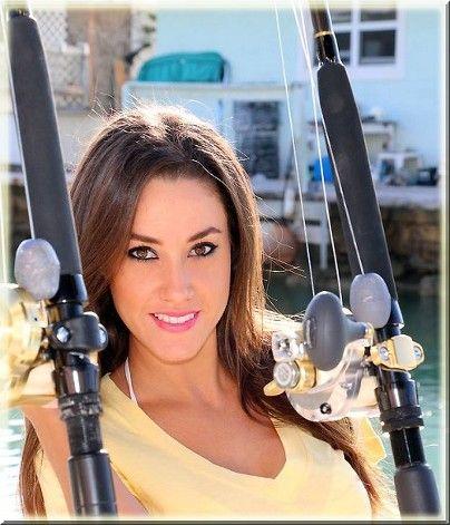 Luiza barros coastalxp hot saltwater girls pinterest for Fishing with luiza