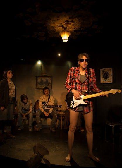 'Je suis Cobain (peu importe)' Théâtre SDF - décor, costumes, accessoires