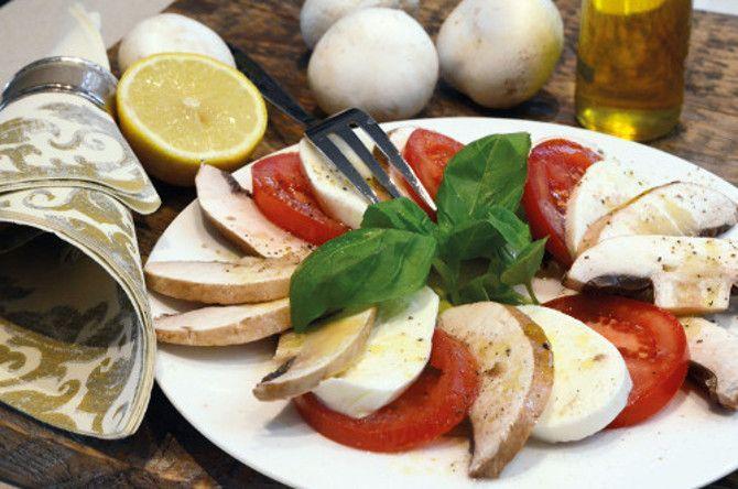 Portobello mushroom salad with mozzarella and tomato