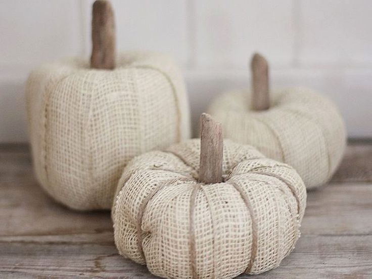 DIY-Anleitung: Deko-Kürbis mit Juteband basteln / free diy tutorial: how to make deco pumpkins via DaWanda.com