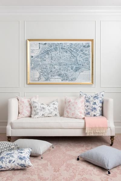 Soft strokes of blush florals come to life in this thoughtful collaboration with watercolor artist Jenny Sanders of Graceline Art. 100% Linen Knife Edge Construction YKK Zipper on bottom Printed and C