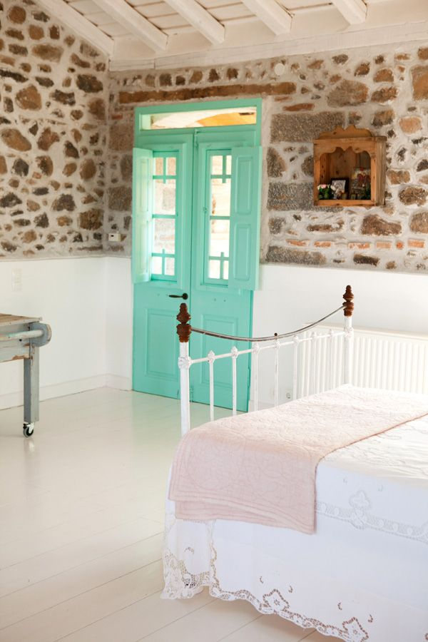 Charming House With Fantastic Colors On Lesvos, Greece 6
