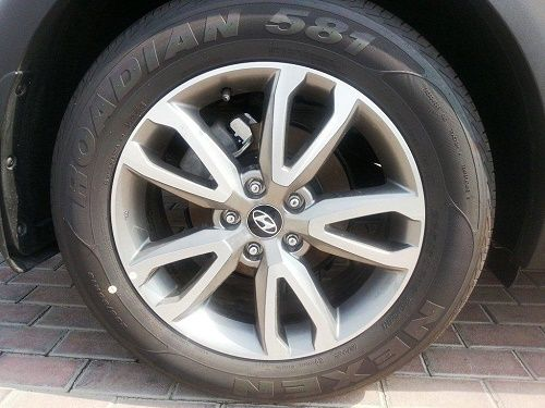 Buy all types of branded Rims online like MRF, Bridgestone, CEAT, Michelin, JK, Apollo, Pirelli Tyres and others. Toll Free  888 852 2455