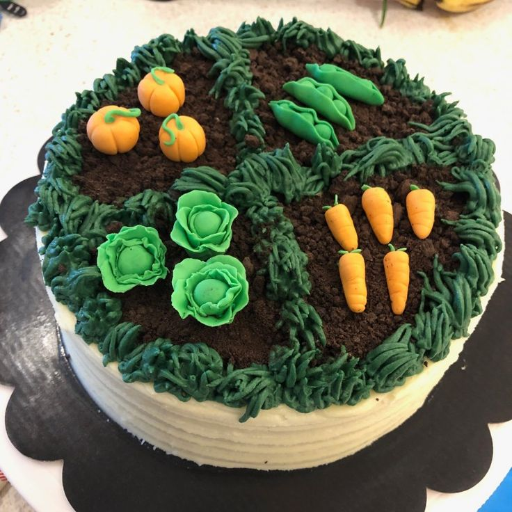 Vegetable garden banana cake | Vegetable garden design ...