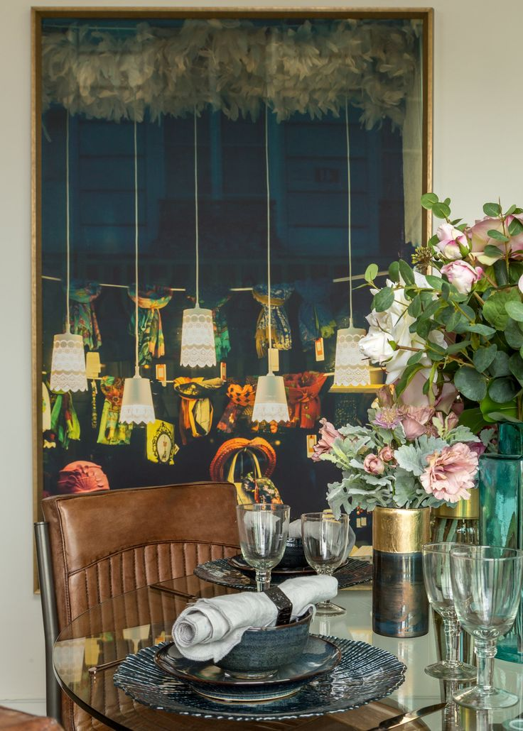 Located in Clerkenwell, an area famous for its design week and Banksy murals, we designed the apartment interiors to reflect their creative, urban setting with punctuations of vibrant colour and cool, funky artwork.