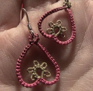 Tatting it Up: Earrings and Button Snowflake Pattern (stitch count on page)