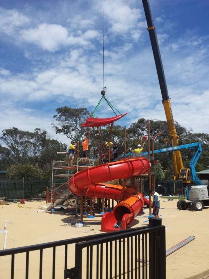 #Vortex #Splashpad at Discovery Holiday Park Pambula Beach - building the slides