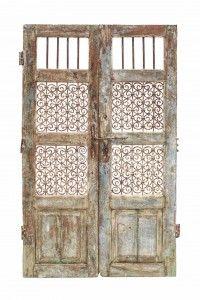 puerta antigua con celosia #antigua #puerta