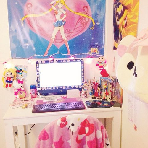 updated photo of my desktop ;; ♡‿♡ hopefully will have room for more SM figuarts  http://instagram.com/sugarbunnyyxo please don't delete this text!